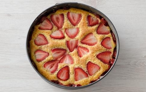 Preparazione Torta soffice alle fragole - Fase 4