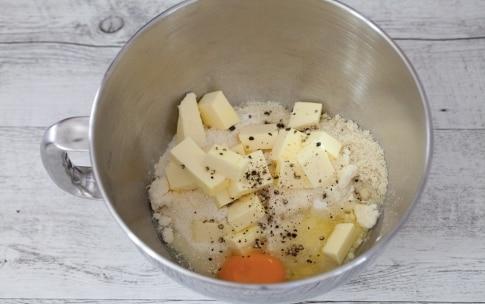 Preparazione Budini di formaggio fresco e asparagi  - Fase 1