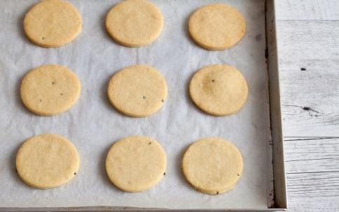Preparazione Budini di formaggio fresco e asparagi  - Fase 4