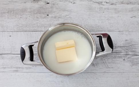 Preparazione Crocchette di parmigiano al forno - Fase 1