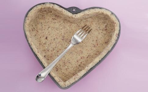 Preparazione Crostata alla rosa con crema, cioccolato e lamponi - Fase 1
