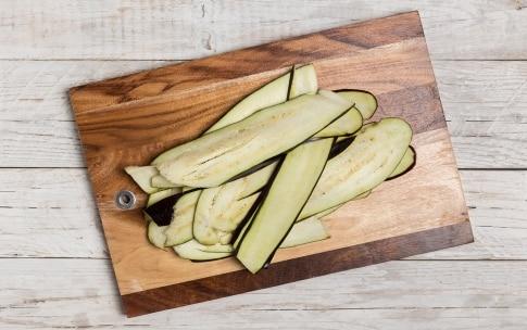 Preparazione Insalata di farro con verdure speziate - Fase 2