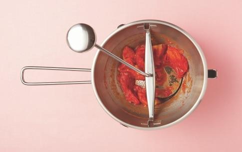 Preparazione Pastasciutta al pomodoro per bambini - Fase 2