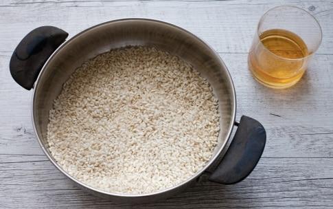 Preparazione Risotto alla crema di piselli, mozzarella e limone - Fase 2