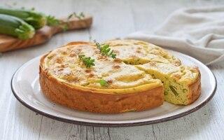 Torta salata alle zucchine e fagiolini
