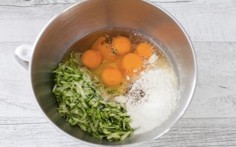 Preparazione Torta salata alle zucchine e fagiolini  - Fase 2