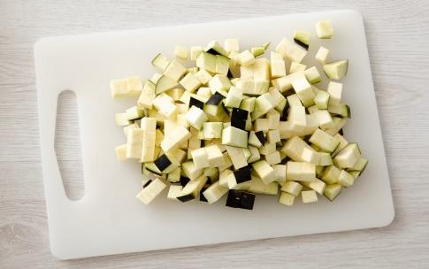Preparazione Anelletti con melanzane e cernia - Fase 1