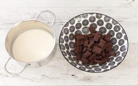Preparazione Mini pavlova al cioccolato - Fase 2