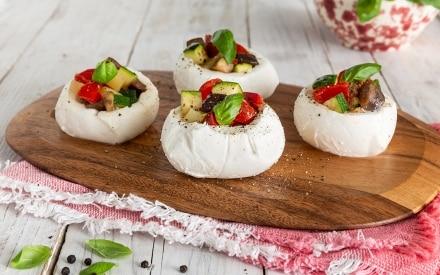 Mozzarelle ripiene di verdure estive