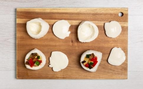 Preparazione Mozzarelle ripiene di verdure estive - Fase 3