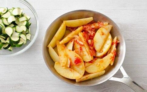 Preparazione Padellata di verdure con crema di peperoni abbrustoliti - Fase 4