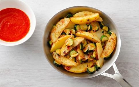 Preparazione Padellata di verdure con crema di peperoni abbrustoliti - Fase 5
