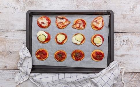 Preparazione Pizzette pronte in meno di 30 minuti - Fase 3