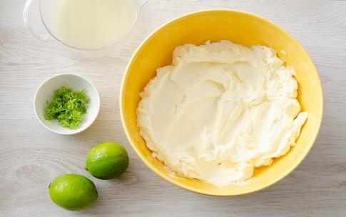 Preparazione Torta a piani con crema profumata al lime - Fase 2