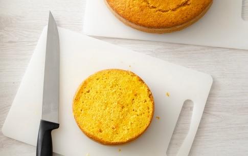 Preparazione Torta a piani con crema profumata al lime - Fase 3
