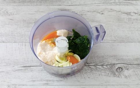 Preparazione Torta salata di pasta sfoglia con riso, spinaci e feta  - Fase 2