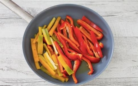 Preparazione Torta salata estiva di peperoni - Fase 2