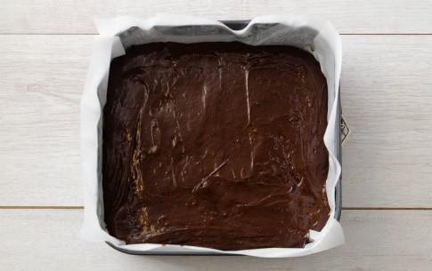 Preparazione Brownies al cioccolato e fragole - Fase 3
