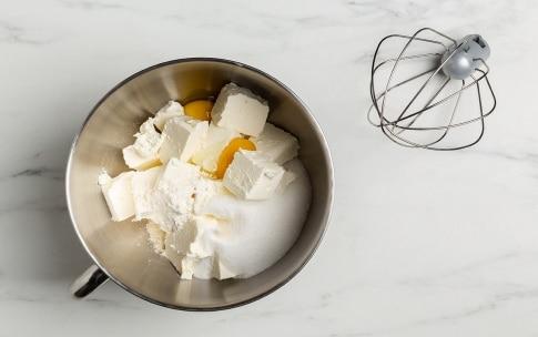 Preparazione Cheesecake al limone - Fase 2