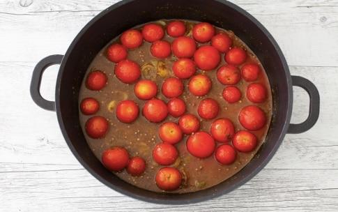 Preparazione Curry estivo di pomodorini e riso al coriandolo  - Fase 2
