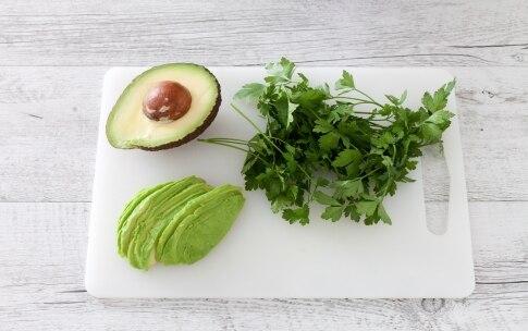 Preparazione Insalata di avocado, mango e carote - Fase 3