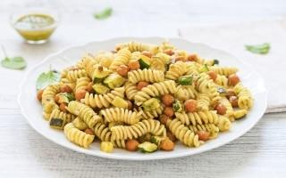 Insalata di pasta con zucchine,...