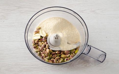 Preparazione Involtini di melanzane, pomodorini e pistacchi - Fase 1