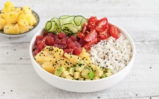 Pokè bowl tonno e avocado
