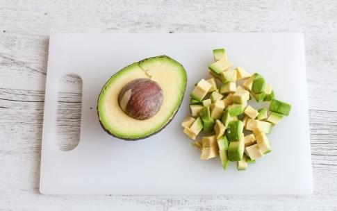 Preparazione Pokè bowl tonno e avocado - Fase 2