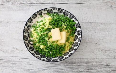 Preparazione Polpette di riso allo zafferano e piselli - Fase 1