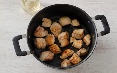 Preparazione Cous cous allo zafferano con spezzatino ai peperoni - Fase 2