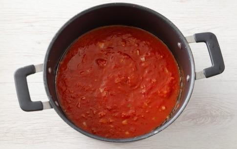 Preparazione Pasta con il ragù di tonno - Fase 1