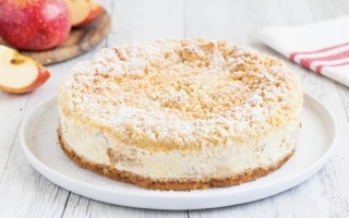 Crumble cheesecake alle mele
