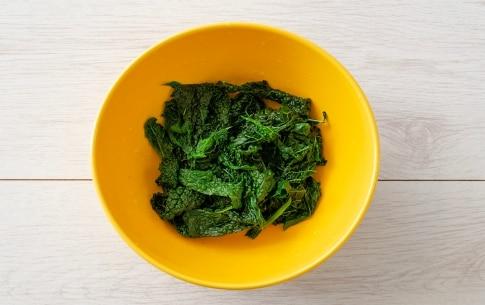 Preparazione Linguine con baccalà, uvetta e cavolo nero - Fase 3