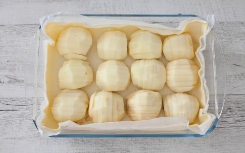 Preparazione Torta di mele in teglia - Fase 2