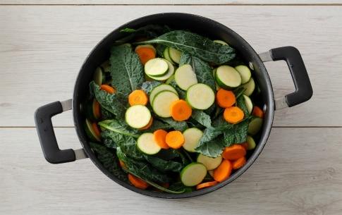 Preparazione Zuppa di cavolo nero con pane toscano - Fase 2