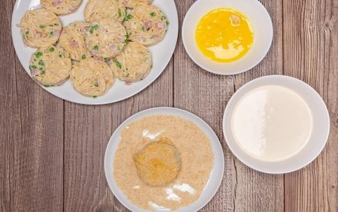 Preparazione Frittatine di pasta alla napoletana - Fase 4