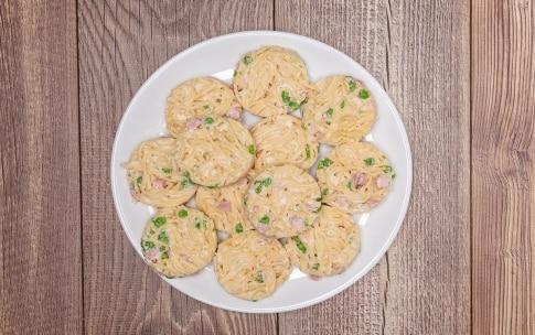 Preparazione Frittatine di pasta alla napoletana - Fase 3