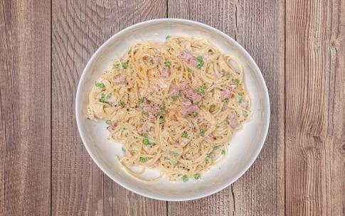 Preparazione Frittatine di pasta alla napoletana - Fase 2