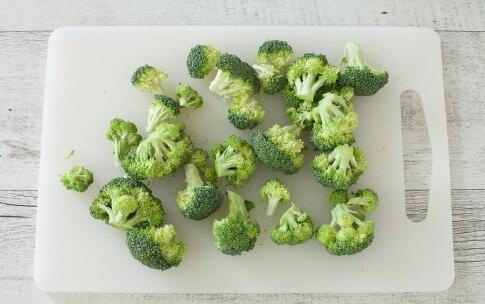Preparazione Mini quiches con mozzarella, salsiccia e broccoli  - Fase 2