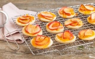 Pizzette alle mele e vaniglia