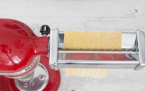 Preparazione Tagliatelle di grano saraceno ai funghi e yogurt  - Fase 2