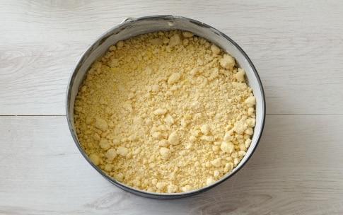 Preparazione Torta di briciole alla ricotta - Fase 4