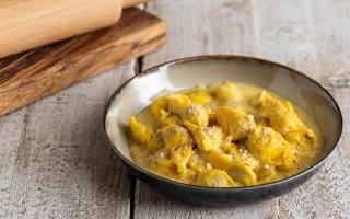 Cappellettoni alla crema di parmigiano