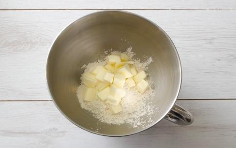 Preparazione Crostata meringata al cacao - Fase 1