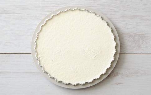Preparazione Crostata meringata al cacao - Fase 5