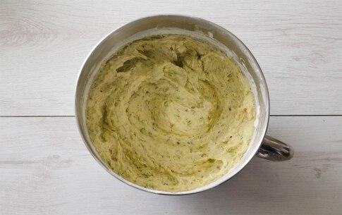 Preparazione Tortine al pistacchio con cioccolato fondente - Fase 2