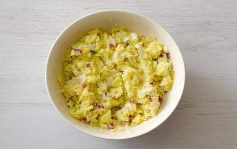 Preparazione Cannelloni di porri ripieni con patate e salame - Fase 1