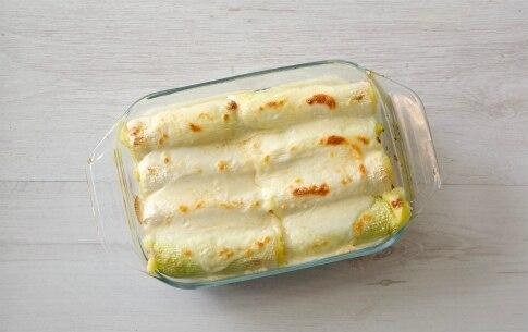 Preparazione Cannelloni di porri ripieni con patate e salame - Fase 3