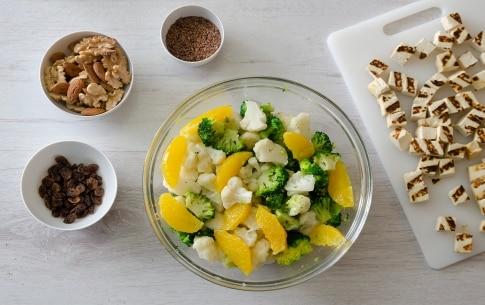 Preparazione Insalata di verdure invernali con tofu grigliato - Fase 3